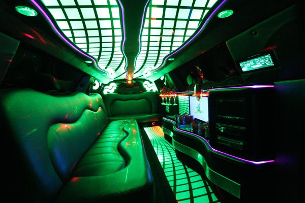 8-10 passenger traditional limousine interior 2