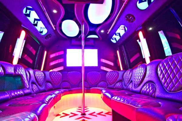 las-vegas-party-bus-interior-2