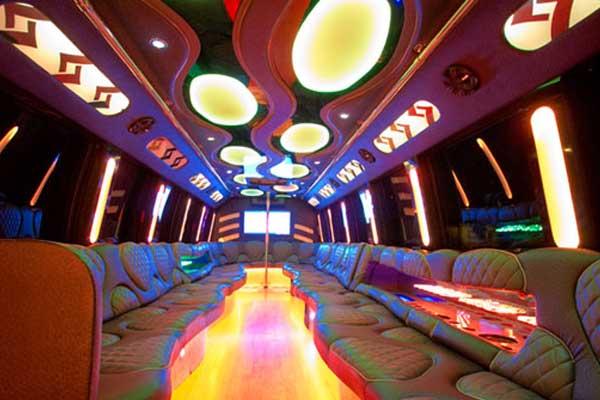 las-vegas-party-bus-interior-6