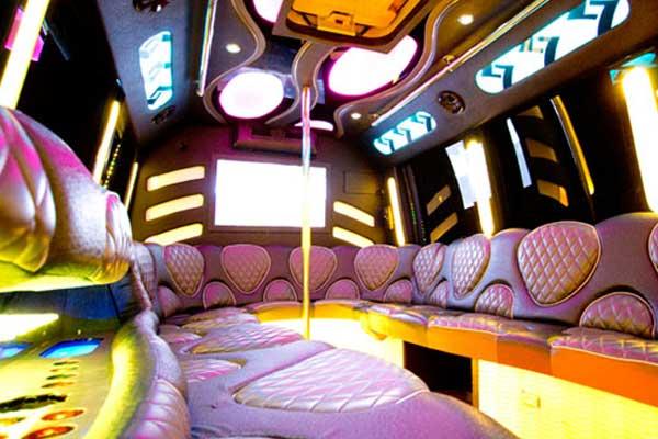las-vegas-party-bus-interior