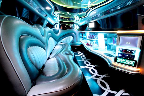 chrysler 300 pinnacle edition interior 3