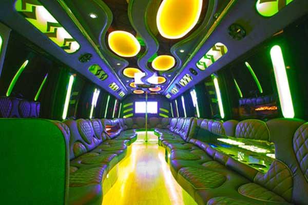 las-vegas-party-bus-interior-5