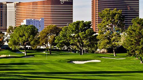 Las-Vegas-Country-Club-7-720x405